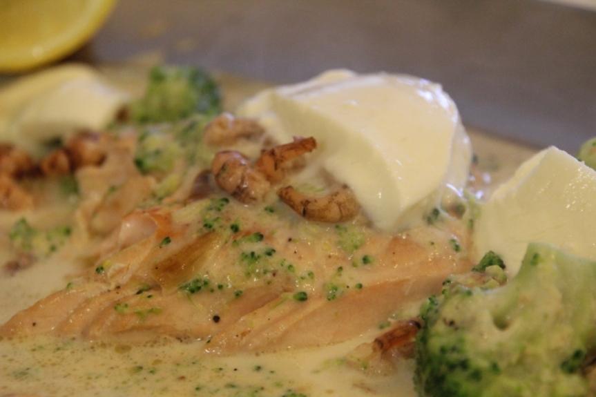 2 pavé de saumon aux crevettes grises et mozzarella